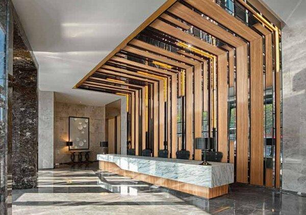 Với phong cách hiện đại, thiết kế sẽ khá đơn giản nhưng chú trọng ở phần tiện nghi của khách sạn