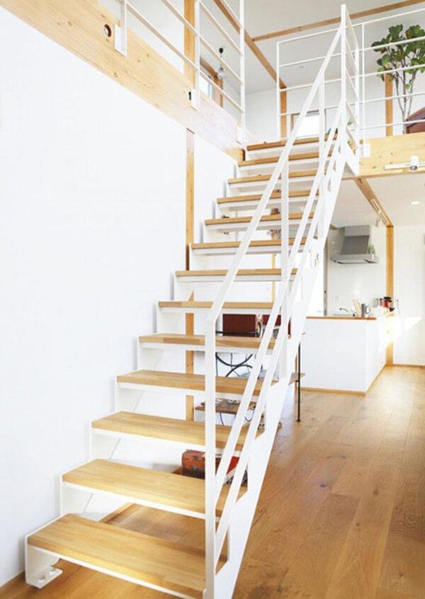 Nhiều người sử dụng sàn Vinyl thay thế gỗ bởi giá thành phải chăng